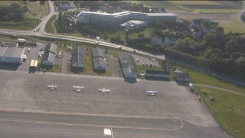 Her er P13 på Sola, klubbhuset til SFK og div. hangarer