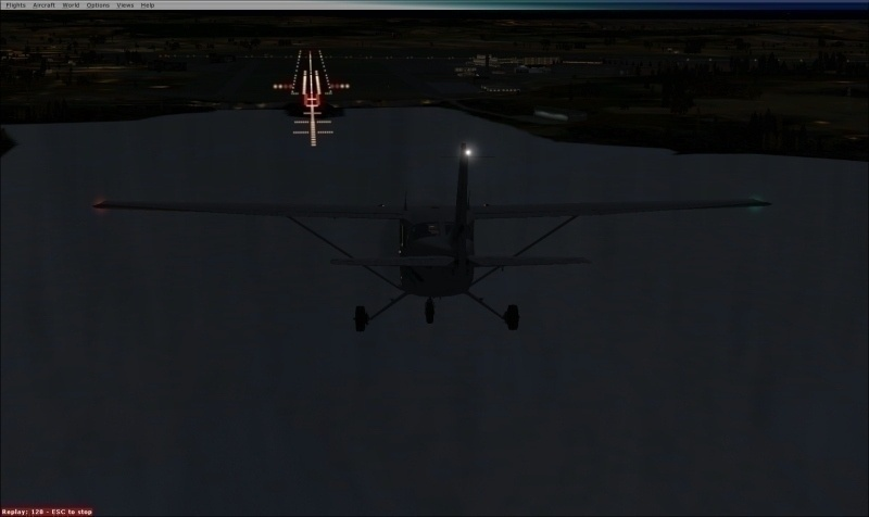 På finalen RW18 på Sola en sen kveldsstund (simulatorbilde - men veldig likt!)